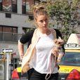 La ravissante Amber Heard repérée dans le quartier de Chelsea à New York, le 27 août 2012.