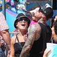 Pink en plein fou rire avec sa famille à Malibu, le dimanche 2 septembre 2012.