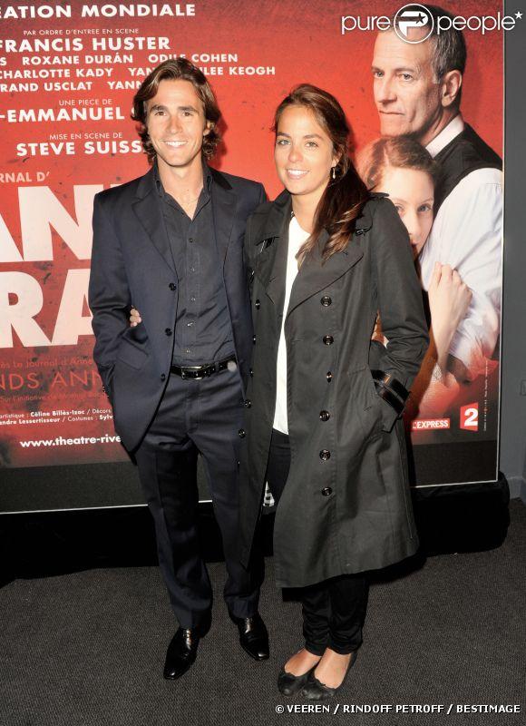 Anouchka Delon et son compagnon Julien Dereins à la première de la pièce  Anne Frank  au Théâtre Rive Gauche à Paris, le 11 septembre 2012.
