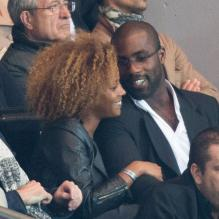 Teddy Riner et sa compagne Luthna lors du match du Paris Saint-Germain face à Toulouse (2-0) le 14 septembre 2012 à Paris