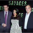 John Travolta, Salma Hayek et Oliver Stone présentent l'excellent  Savages  à Paris le 14 septembre 2012.