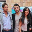 """Fabienne Carat avec les acteurs de la nouvelle série télévisée  Riviera , au festival """"Les Herault de la Télé"""" au Cap d'Agde, le 28 Septembre 2012."""