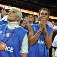 Marie-Claire Noah entourée de sa petite-fille Yelena et de toute sa famille lors de la finale l'Eurobasket, entre la France et l'Espagne, à Kaunas en Lituanie le 19 septembre 2011