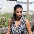 Kim Kardashian se promène sur la plage à Miami, le 3 octobre 2012.