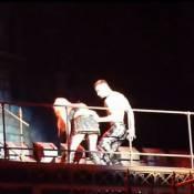Lady Gaga vomit sur scène à Barcelone, victime du syndrôme Bieber