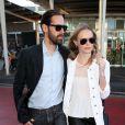 Kate Bosworth et Michael Polish arrivent à l'aéroport de Sydney, le 10 octobre 2012.