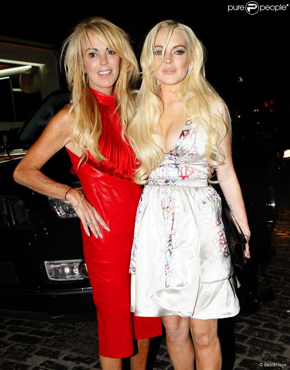 Lindsay Lohan et sa mère Dona à New York en septembre 2011.