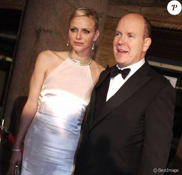 La princesse Charlene de Monaco et le prince Albert II de Monaco chez Cipriani à New York le 22 octobre 2012 pour le 30e gala annuel des Princess Grace Awards de la Princess Grace Foundation-USA.