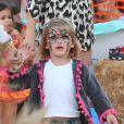 """""""Anja, la fille d'Alessandra Ambrosio, dévoile son maquillage réalisé chez Mr Bones Pumpkin Patch à Los Angeles le 23 octobre 2012"""""""