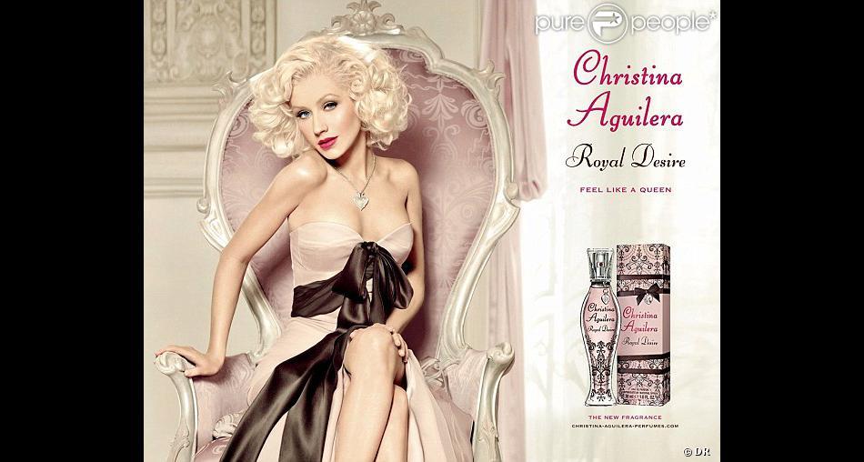 Christina Aguilera méconnaissable pour la campagne de son parfum Royal Desire, octobre 2012.