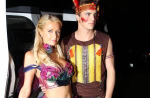 Paris Hilton et son chéri : Après un sexy Halloween, retour à la sobriété