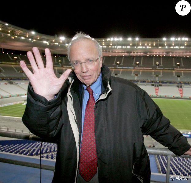Thierry Roland le 17 novembre 2004 au Stade de France à Saint-Denis