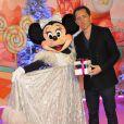 Gad Elmaleh lors du lancement de la parade de Noël à Disneyland Paris le 10 novembre 2012