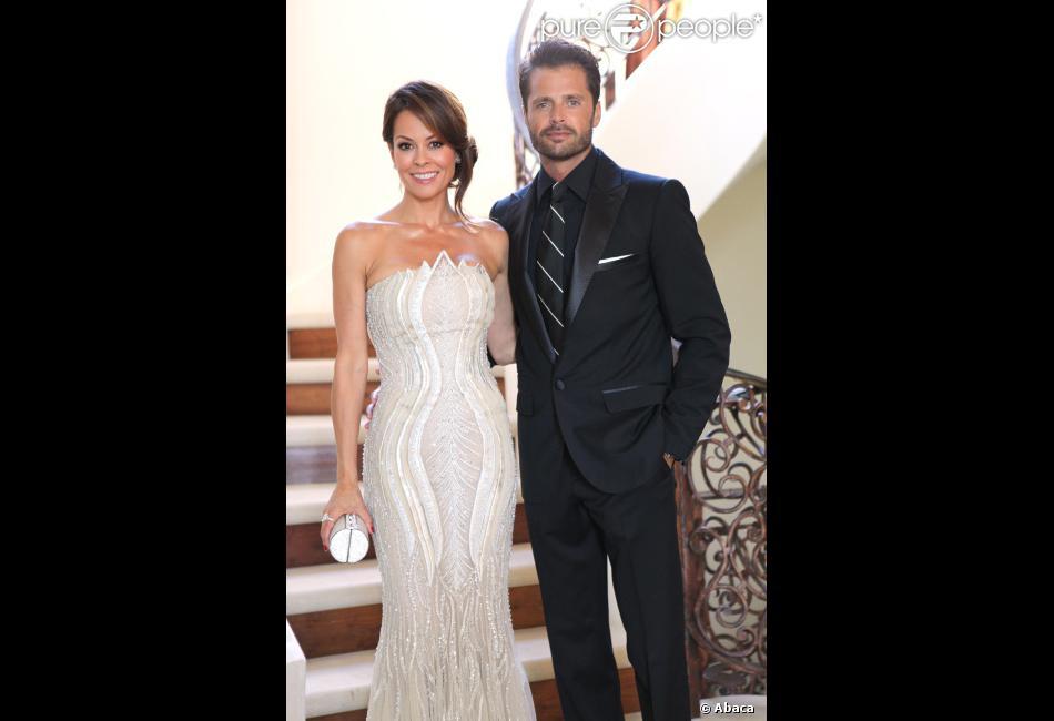 La superbe Brooke Burke, David Charvet et leur fille Heaven Rain se préparent pour la cérémonie des Emmy Awards, le 23 septembre 2012, à Los Angeles