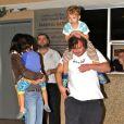 Jack Black, sa femme Tanya Haden et leurs fils Samuel et Thomas se sont offert un diner en famille au California Pizza Kitchen de Sherman Oaks, le 20 novembre 2012