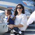 Sandra Bullock avec son fils Louis à Beverly Hills le 21 novembre 2012.