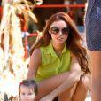 Una Healy de The Saturdays avec sa fille Aoife le 24 octobre 2012 à Los Angeles.
