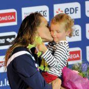 Laure Manaudou : Pluie de baisers à sa fille Manon pour fêter sa médaille d'or