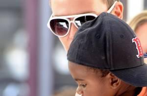 Charlize Theron : Aux côtés de son fils, elle ne cache plus son nouveau look !