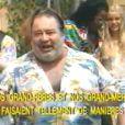 Vidéo karaoké du tube de Carlos,  Big Bisou,  dans laquelle apparait Marie Drucker.