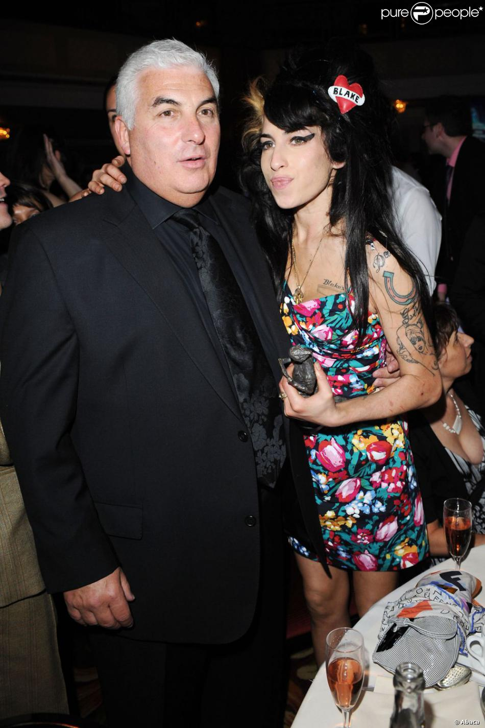 Amy Winehouse et son père Mitch à Londres, le 22 mai 2008.