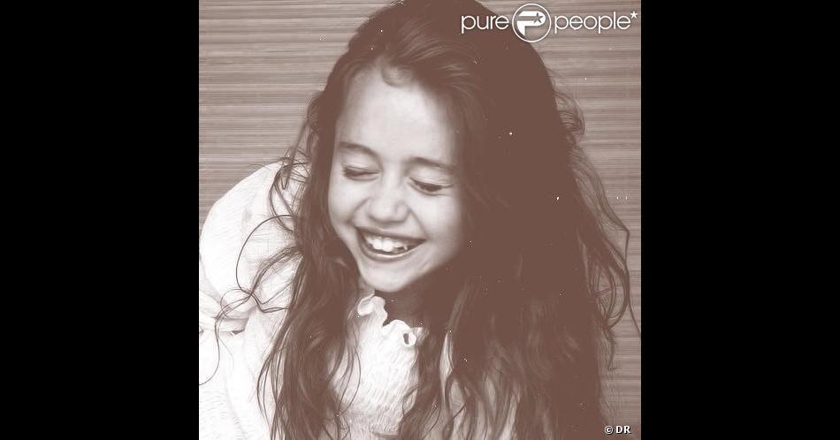 Photo d'enfance de Miley Cyrus postée sur son Twitter le 1er décembre 2012.