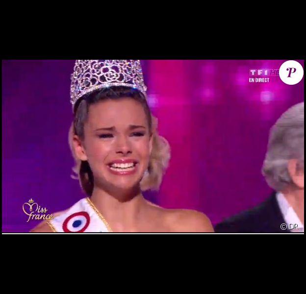 Marine Lorphelin, Miss Bourgogne, est élue Miss France 2013 lors de la soirée d'élection Miss France 2013 le samedi 8 décembre 2012 sur TF1