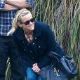 Reese Witherspoon, son mari Jim Toth et son ex-mari Ryan Phillippe assistent au match de football de leur fils Deacon a Brentwood. Le 8 décembre 2012.