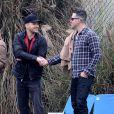 Le mari de Reese Witherspoon Jim Toth et son ex-mari Ryan Phillippe s'entendent visiblement très bien. A Brentwood le 8 décembre 2012.