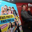 Les héros de Fais pas ci, fais pas ça (France 2) - Lilian Dugois, Tiphaine Hass, Yaniss Lespert et Canelle Carre-Cassaigne -, en séance de dédicaces à la Fnac de Bercy, à Paris le 8 décembre 2012
