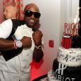 Exclusif - Rico Love célèbre son trentième anniversaire au restaurant Katsuya et exhibe son cadeau : une jolie montre Hublot. Miami Beach, le 8 décembre 2012.