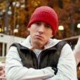 Eminem dans le clip de C'mon Let Me Ride,nouveau single de Skylar Grey extrait de l'album  Don't Look Down  qu'il co-produit et dont la sortie est fixée au printemps 2013.