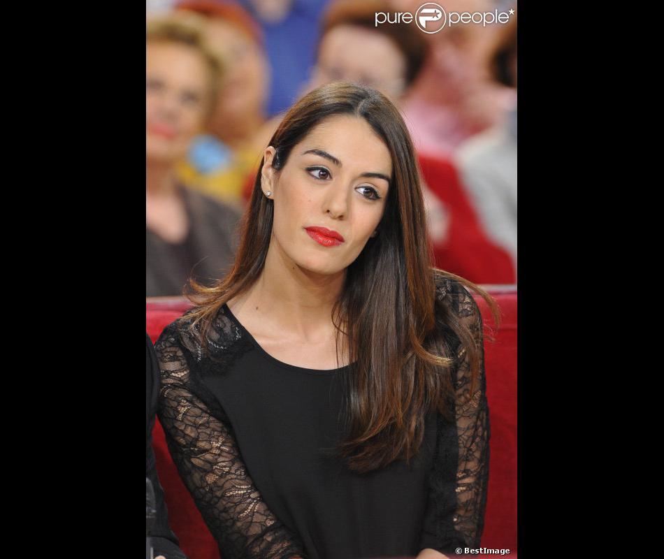 Sofia Essaïdi en novembre 2012 chez Vivement Dimanche