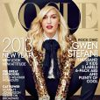 Gwen Stefani, habillée en Saint Laurent et chaussée de bottines Alexander Wang, pose en couverture du magazine Vogue de janvier 2013. Photo par Annie Leibovitz.
