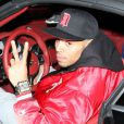 Chris Brown, souriante à sa sortie de la boîte de nuit Bootsy Bellows à West Hollywood. Le 20 janvier 2013.