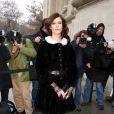 L'actrice Anna Mouglalis à son arrivée au défilé Chanel le 22 janvier 2013
