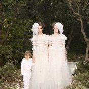 Mariage pour tous: Karl Lagerfeld et ses deux mariées, devant Anna Mouglalis