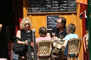 PHOTOS EXLUSIVES : Tim Roth, vacances parisiennes en famille !