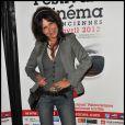 Clémentine Célarié pose à la soirée de Gala du festival de cinéma de Valenciennes, le 4 avril 2012.