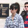Penélope Cruz arrive avec son fils Leo à l'aéroport international de Lynden Pindling à Nassau, capitale des Bahamas pour prendre un vol pour Miami. L'actrice espagnole de 38 ans est enceinte de son 2eme enfant. Le 31 janvier 2013.