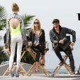 Heidi Klum tourne une séquence pour Germany's Next Topmodel dans un skate park à Venice Beach avec ses deux jurés, le photographe Enrique Badulescu et le consultant artistique Thomas Hayo. Le 1er février 2013.