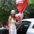 La belle Brooke Burke prépare une belle Saint-Valentin pour son mari David Charvet, le 4 février 2013 à Malibu