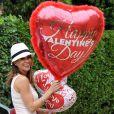 Brooke Burke, guérie du cancer, prépare une belle Saint-Valentin pour son mari David Charvet, le 4 février 2013 à Malibu