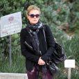 Exclu - L'actrice Anna Paquin emmène ses jumeaux chez le médecin à Los Angeles, le 7 février 2013.