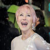 BAFTA 2013 : A 67 ans, Helen Mirren, pétillante, arbore des cheveux roses