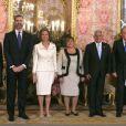 Le prince Felipe et la princesse Letizia d'Espagne secondaient le roi Juan Carlos Ier et la reine Sofia lors de la cérémonie de bienvenue pour le président du Guatemala Otto Perez Molina et son épouse, au palais de la Zarzuela, à Madrid, le 13 février 2013.