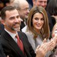 Felipe et Letizia d'Espagne radieux au palais du Pardo, à Madrid le 19 février 2013, pour la remise des Prix nationaux de la Culture.
