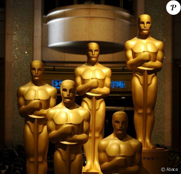 Les statuettes des Oscars dans une salle du Dolby Theatre à Los Angeles le 24 février 2013
