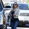 L'actrice Denise Richards va chercher ses filles Sam, Lola et Eloise à l'école à Los Angeles le 26 février 2013.