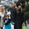Jessica Alba et sa fille Honor font du shopping a Paris, le 2 mars 2013  Please hide children face prior publication Jessica Alba and her daughter Honor enjoying a shopping day in Paris, 2nd March 201302/03/2013 - PARIS